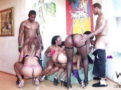 Sexy Ebony Teens Enjoying Bbc