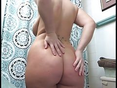 Curvy delicious TEEN in the...