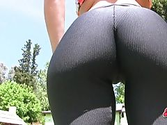 Amazing Ass Busty Blonde Teen In...