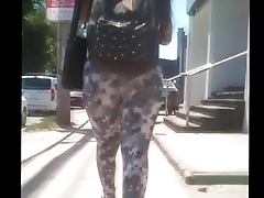 Big Booty Jiggle leggings teen...