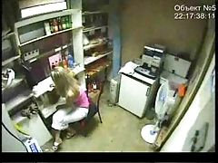 Security cam captures young...